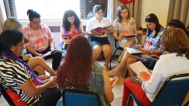Grupo de estudo e reflexões
