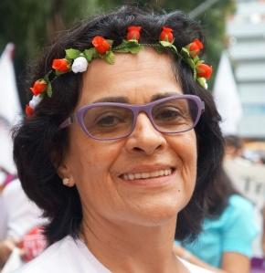 Toninha. coordenadora do Forum